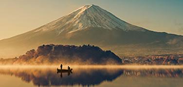 mount-fuji-lake-kawaguchiko-sunrise