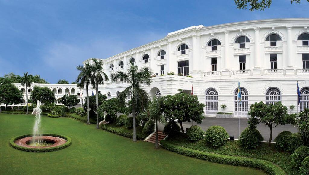Maidens hotel Delhi, exterior view with garden and fountain