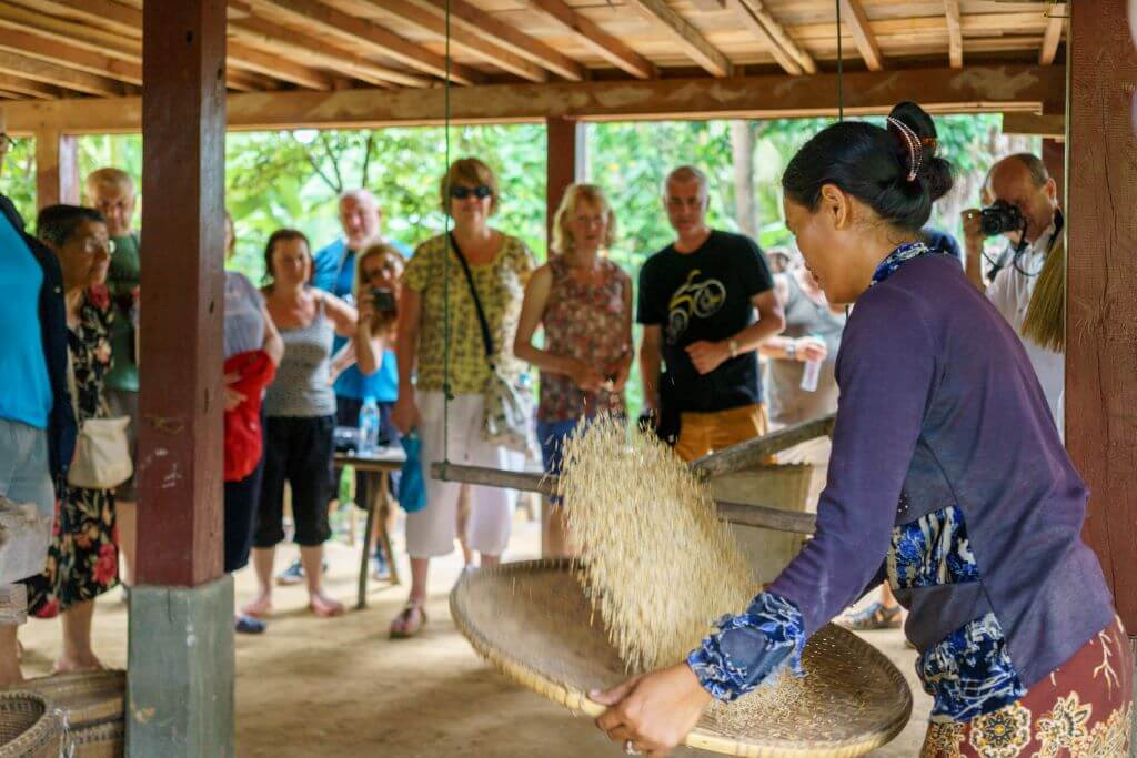 local lady demonstration for tour group