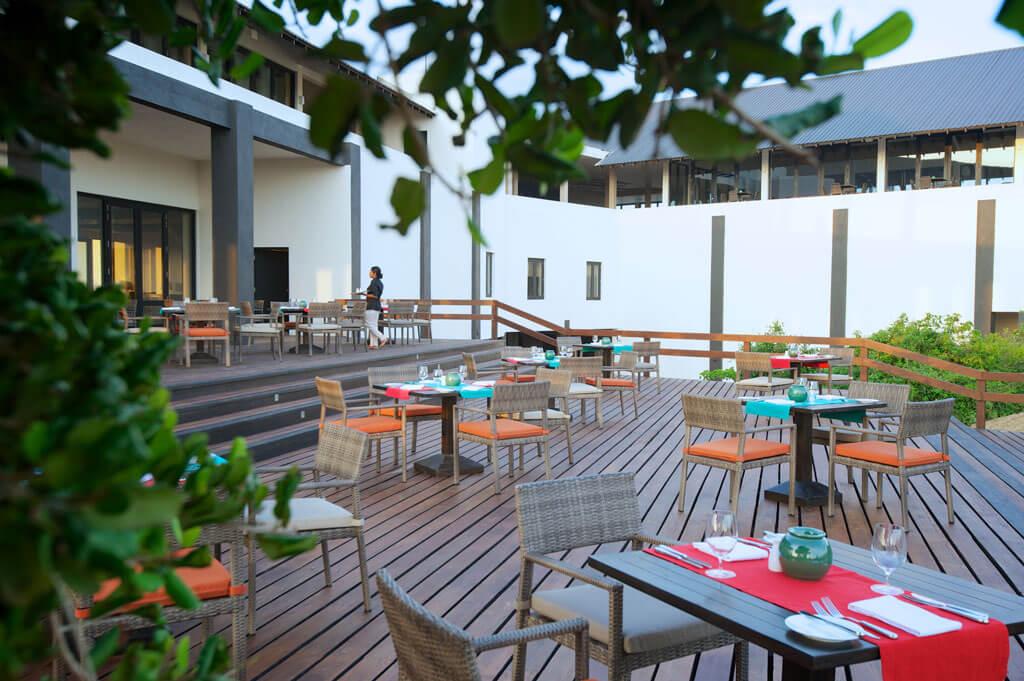 Sri Lanka_Yala_Jetwing Yala_Courtyard dining