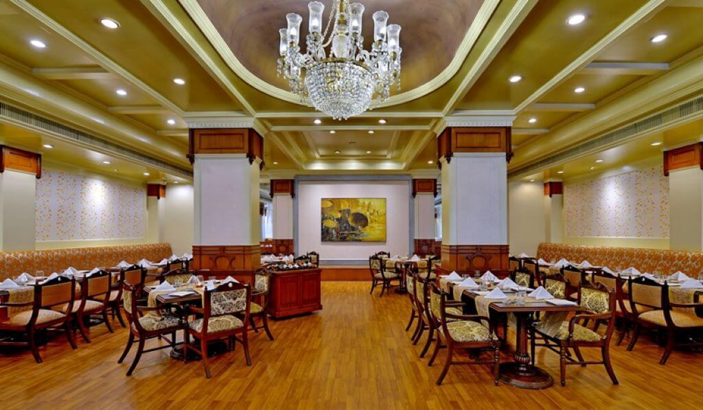 India_Varanasi_Gateway Ganges_Restaurant
