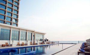 Exterior pool view of Kingsbury Hotel in Columbo Sri Lanka