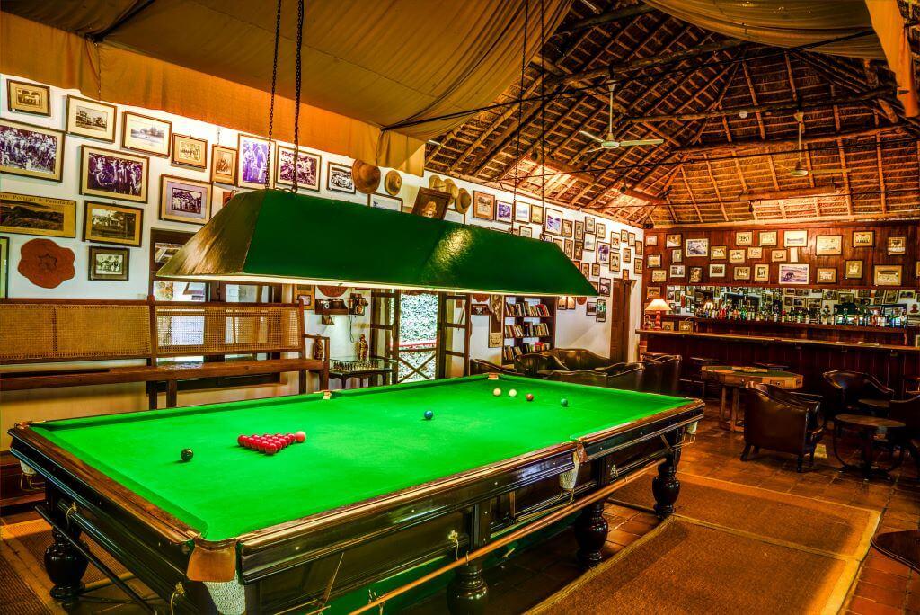 India_Thekaddy_Spice Village_Woodhouse Bar