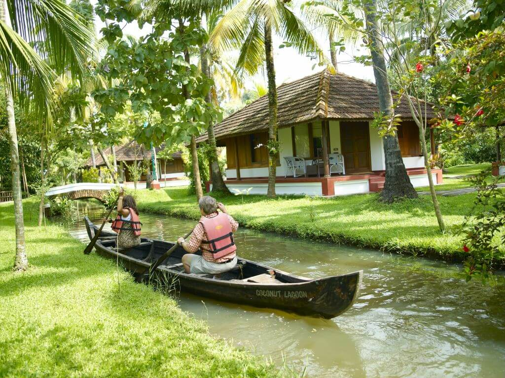 India_Kumarakom_Coconut Lagoon_Canoe