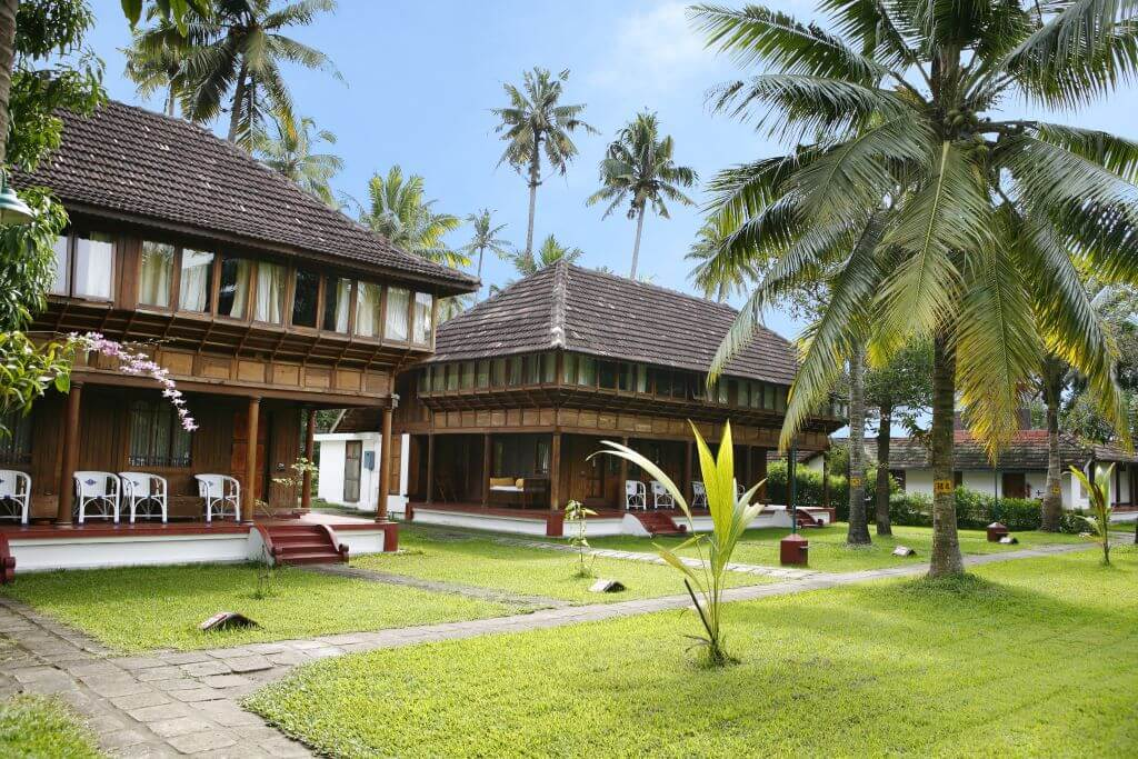 India_Kumarakom_Coconut Lagoon_Outside