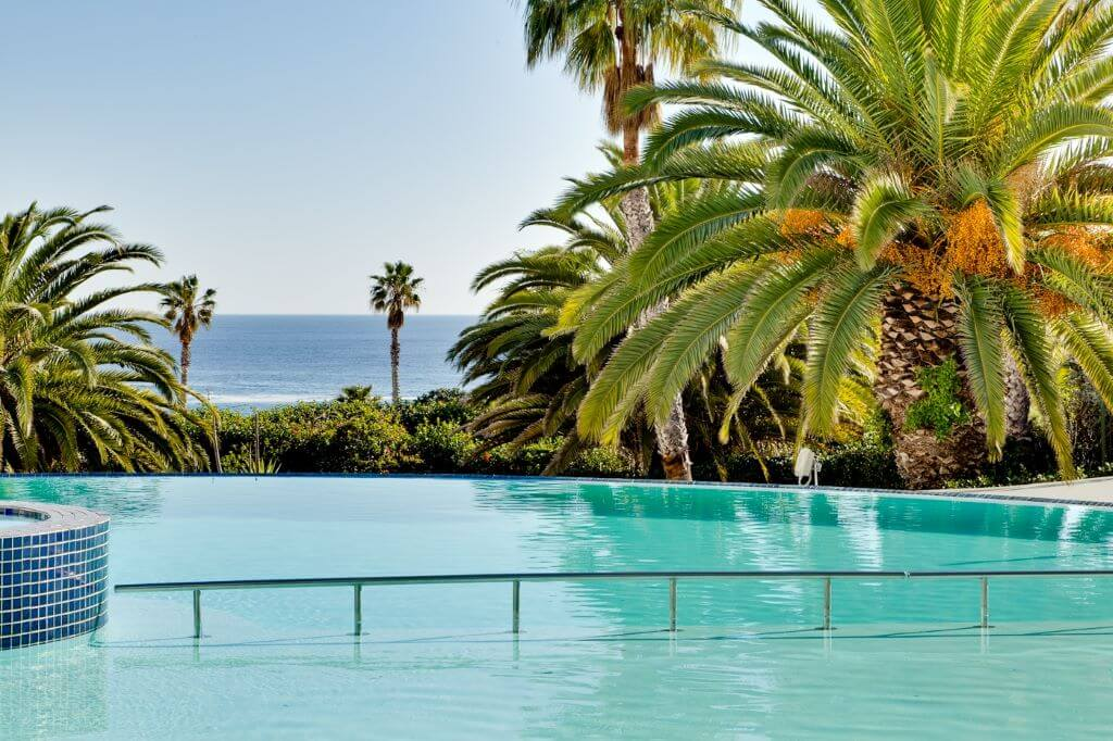 South Africa_Cape Town_President Hotel_Infinity pool