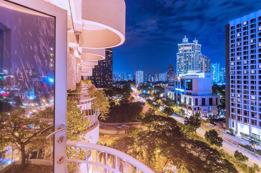 Singapore_Copthorne Kings Hotel_balcony
